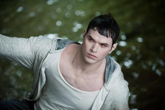 Lutz jako Emmett Cullen