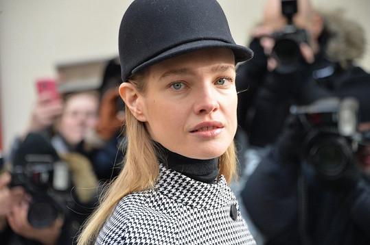 Natalia Vodianova na přehlídce v Paříži