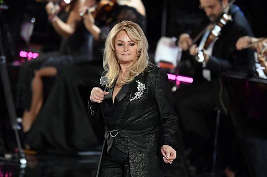 Bonnie Tyler se v březnu chystá do Česka.