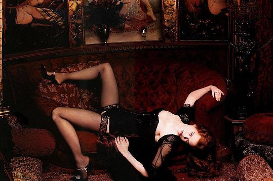 Jako Nicole Kidman z Moulin Rouge ale rozhodně nevypadá, ač to měla v plánu.