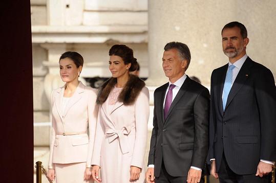 Zleva: Královna Letizia, Juliana Awada, Mauricio Macri a král Filip VI. Španělský
