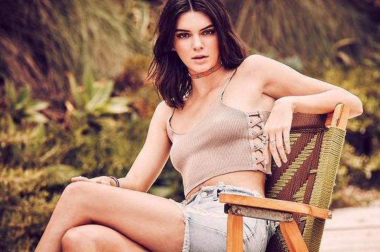 Stále je nejlépe placenou modelkou světa.