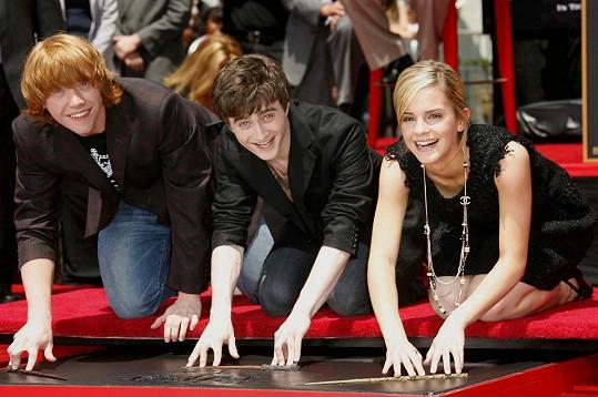 Radcliffe (uprostřed), Grint a Emma Watson se proslavili ve filmech o Harrym Potterovi.