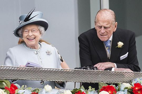 Tam ji doprovodil i Philip.