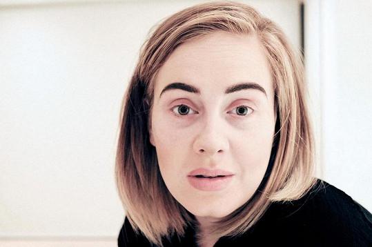 Snímek bez make-upu při nemoci sdílela i na sociálních sítích.