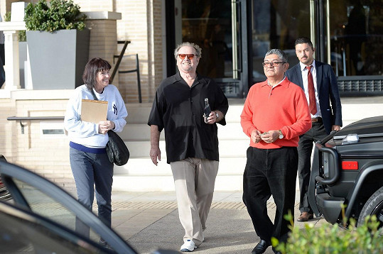 Skvěle naladěný Nicholson po nákupech v Barneys