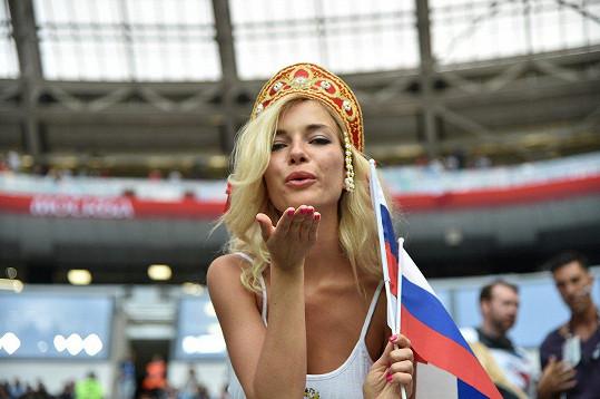Natalia Němčinovová je pornoherečka.