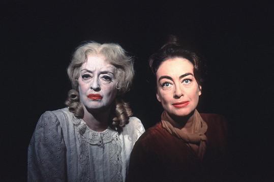 Joan Crawford a Bette Davis byly rivalkami celý život, vše vyvrcholilo filmem Co se vlastně stalo s Baby Jane?