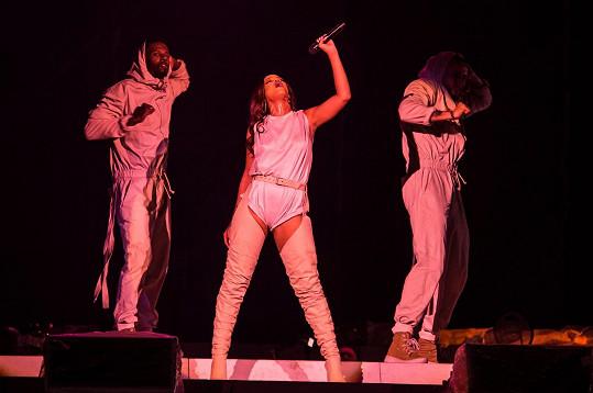 Rihannino páteční vystoupení bylo zrušeno.