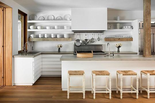 Nenápadná ale prostorná kuchyň