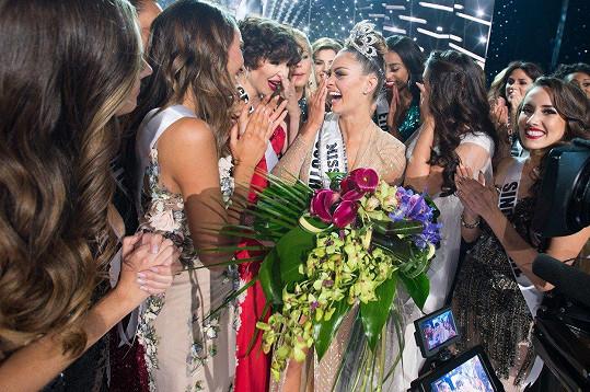 Miss Universe pro rok 2017 se stala soutěžící z Jižní Afriky Demi-Leigh Nel-Peters.