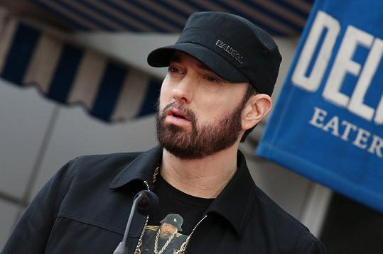 Eminem oslavil 12 let bez drog.