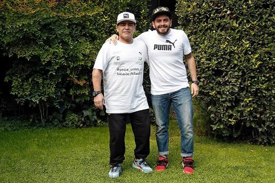 Diego Armando Maradona Sinagra s otcem v roce 2016