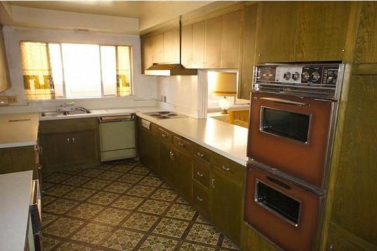 Kuchyň by už nutně potřebovala obnovit...
