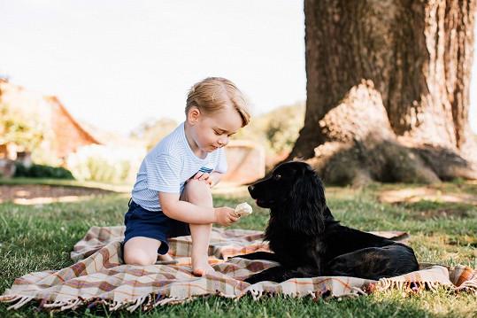 George se psím miláčkem Lupem