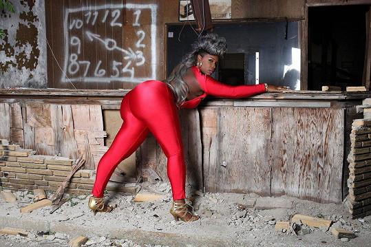 Z hutnického průmyslu by se ráda dostala do světa modelingu.