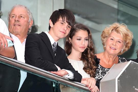 S babičkou Patricií a dědou Davidem