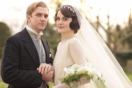 V seriálu se postava Michelle Dockery musela vyrovnat se smrtí manžela Matthewa (Dan Stevens).