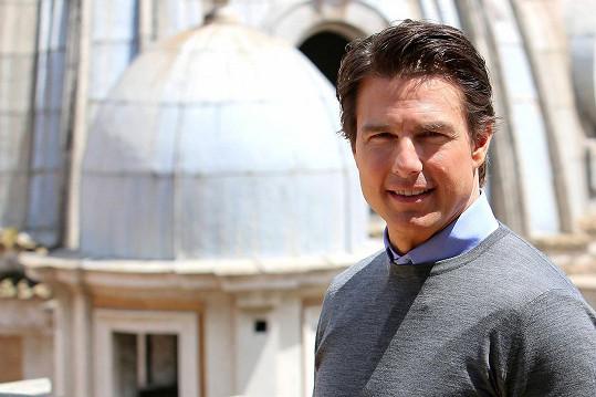 Tom Cruise při loňském focení ke snímku Na hraně zítřka