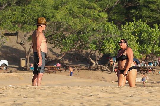 Spokojení manželé na dovolené na Havaji
