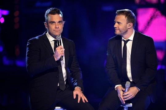 S Garym Barlowem z Take That se léta nebavili, v roce 2010 ale natočili píseň Shame a obnovili přátelství z dob začátků Take That.
