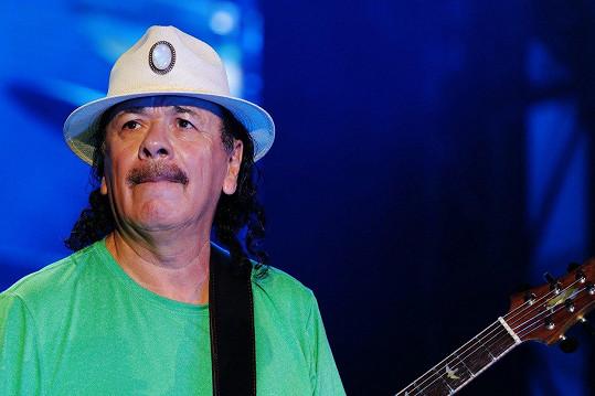 Carlos Santana se stal obětí sexuálního zneužití.