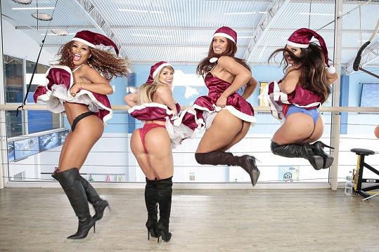 Erika Canela, Carine Felizardo, Rosie Oliveira a Suzy Cortez (zleva) nafotily žhavé fotky.