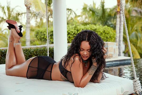 Rihanna je sama sobě modelkou od založení značky.