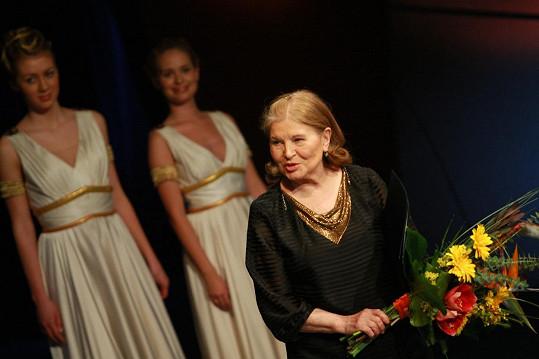 Marie Tomášová získala v roce 2009 cenu Thálie za celoživotní činoherní dílo.