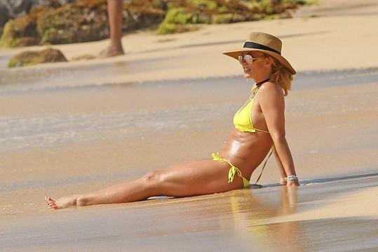 Britney Spears relaxuje na Havaji.