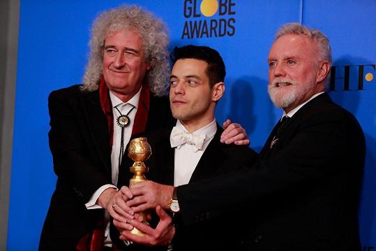 Malek se členy skupiny Queen Brianem Mayem a Rogerem Taylorem.