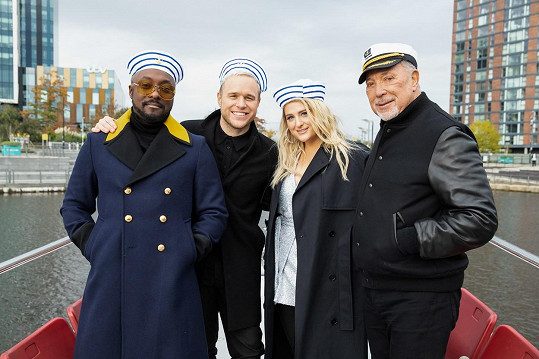 Zpěvák je jedním z porotců v pořadu The Voice. Zleva: will.i.am, Olly Murs, Meghan Trainor, Tom Jones.