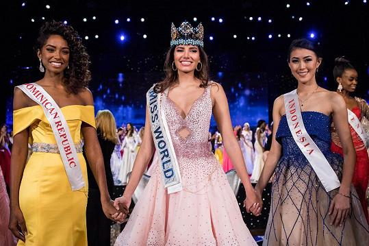 Nejkrásnější dívky světa (zleva): Yaritza Miguelina Reyes Ramirez, Stephanie Del Valle, Natasha Mannuela Halim