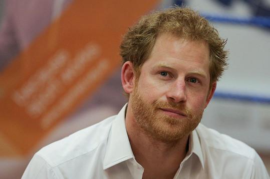 Princ Harry je už dva roky oficiálně bez přítelkyně.