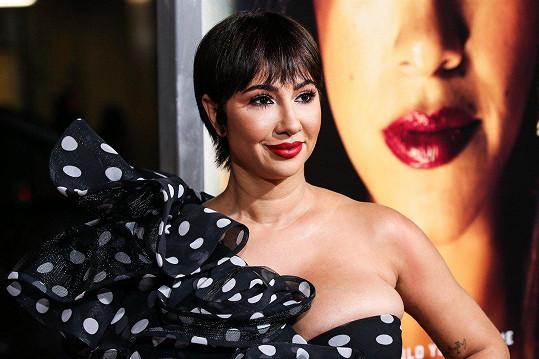 Jackie vyrazila na premiéru snímku Miss Bala.
