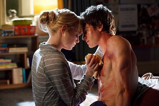 Ve filmu je čekalo několik intimních scén.
