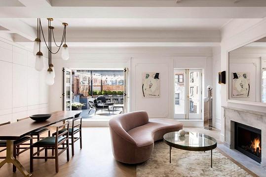 Ve všech místnostech se vyznačuje minimalismem.