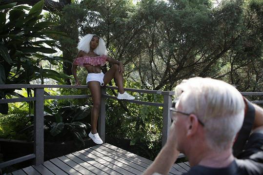 Znovu si stoupla před objektiv. Zuma chce inspirovat lidi, aby měli rádi svá těla.