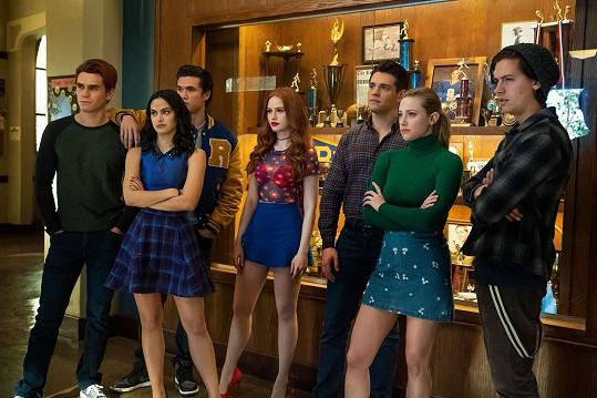S kolegy ze seriálu Riverdale čelili falešným obviněním ze sexuálního násilí.