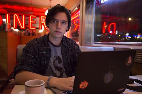 Cole je hvězdou seriálu Riverdale.