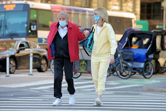Tony Bennett se Susan chodí na pravidelné procházky do Central Parku v New Yorku.