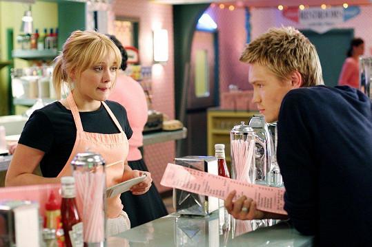 Hilary Duff byla prý do kolegy Chada Michaela Murraye zblázněná.