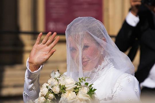 Zpěvačka dříve chodila s princem Harrym.