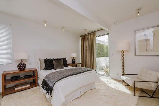 Takové ložnice jsou v domě hned čtyři.