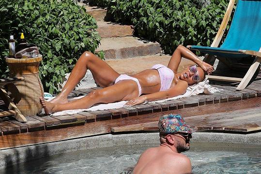 Mel B relaxovala v Kalifornii.