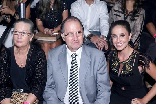Giselini rodiče Vania a Valdir a sestra Gabriela