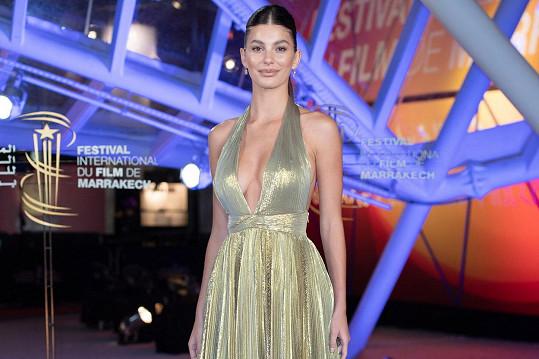 Camila Morrone zazářila na filmovém festivalu v Marrákeši.