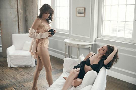 Pro mnohé bylo překvapením, že Helena Christensen pouze nepózovala, ale také fotila.