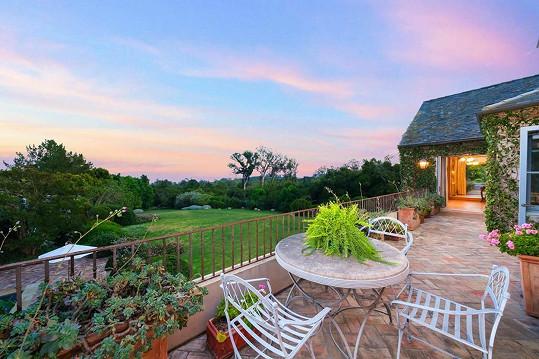 Majitelé si budou moci dopřát posezení na několika terasách.