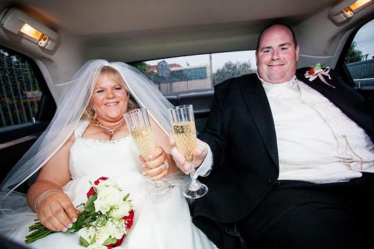 Svatba Noela a Leisy byla opravdu velká a tlustá...